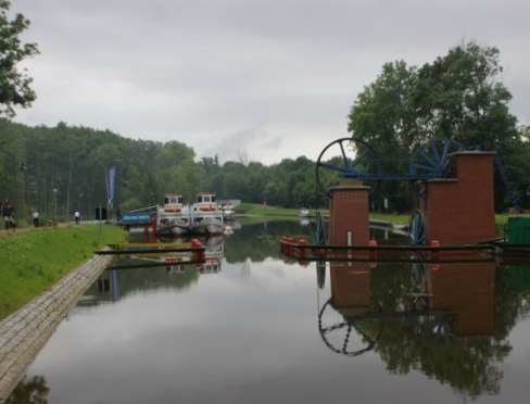 Kanał Elbląski – Śluza Buczyniec (fot. Grzybowski 2017)